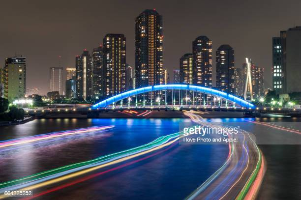 light trace in the summer night - 船舶 stock pictures, royalty-free photos & images