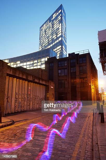 light trail in city. - fibra ottica foto e immagini stock
