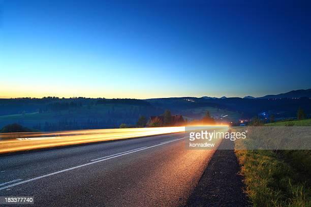 光トレイルズ-mountain road
