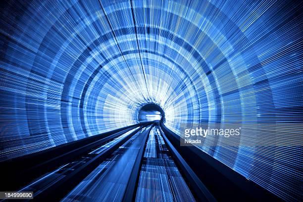 luz túnel velocidade - túnel estrutura feita pelo homem - fotografias e filmes do acervo