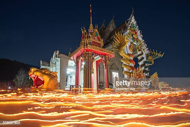 light waving of candle at wat itisukato , huahin, thailand - prachuap khiri khan province stock pictures, royalty-free photos & images
