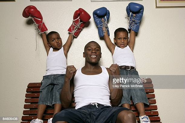 Casual portrait of Floyd Mayweather Jr with sons 4yearold Shamaree and 6yearold Koraun at home Las Vegas NV 6/9/2005 CREDIT Clay Patrick McBride