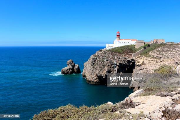 lighthouse and coast, sagres - sagres stock pictures, royalty-free photos & images
