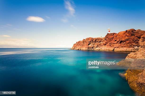 faro y al mar en las islas canarias - isla de tenerife fotografías e imágenes de stock