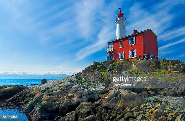 lighthouse at fort rodd hill - victoria canada stock pictures, royalty-free photos & images