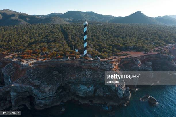 lighthouse - lighthouse reef stock pictures, royalty-free photos & images