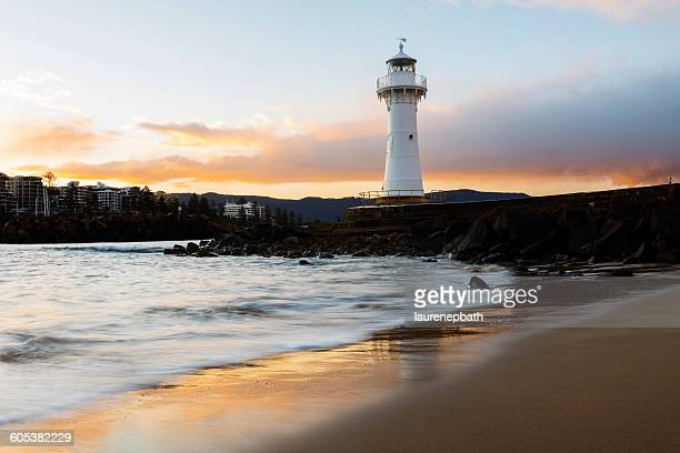 lighthouse, wollongong, new south wales, australia - wollongong stock pictures, royalty-free photos & images