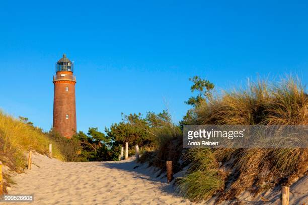 lighthousehouse in darsser ort in the evening lighthouse, western pomerania lagoon area national park, near prerow, darss, mecklenburg-western pomerania, baltic sea, germany - fischland darss zingst photos et images de collection