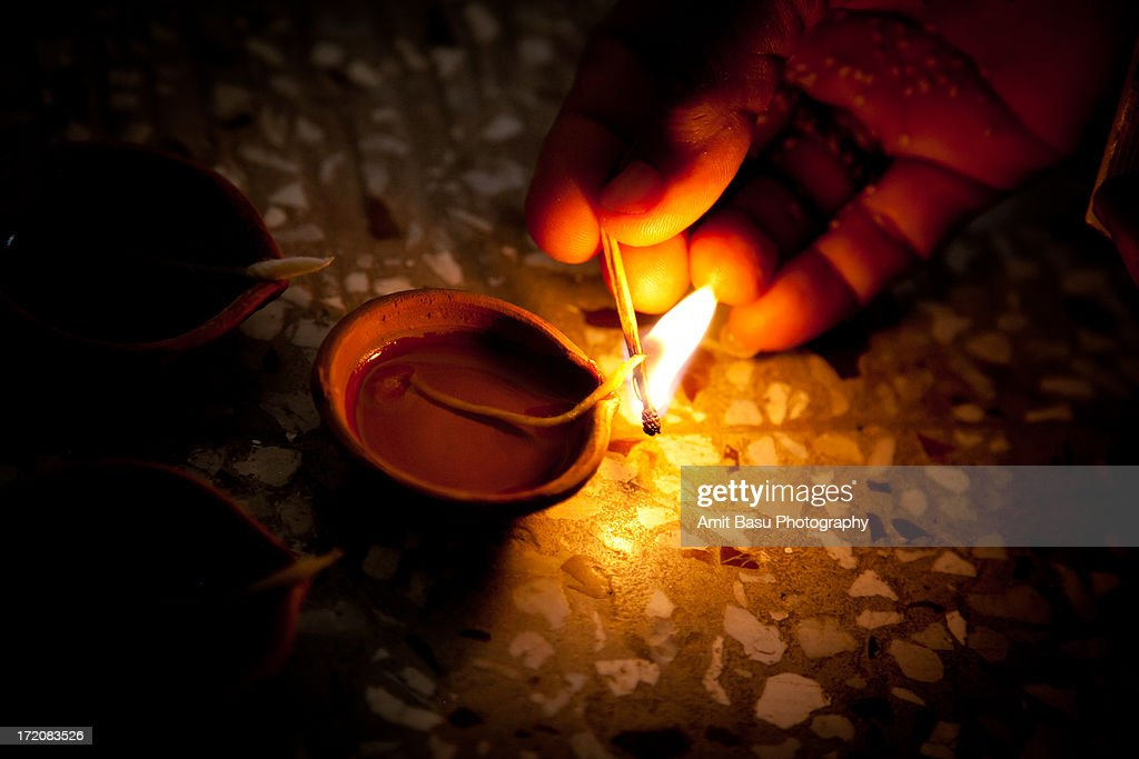 Lighting Oil Lamps For Diwali High Res