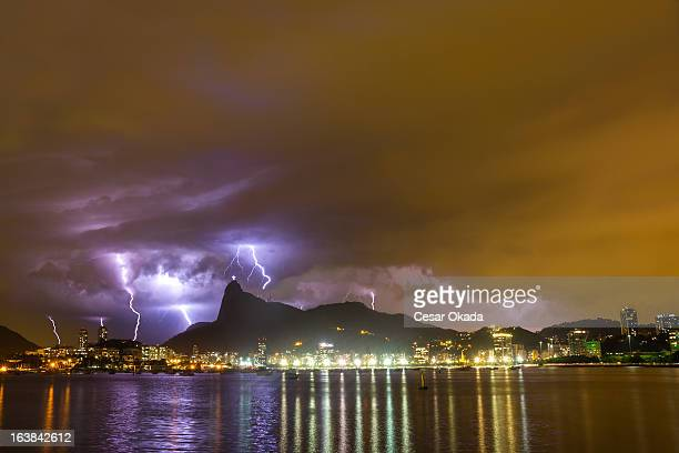 lightning at rio de janeiro - corcovado stock pictures, royalty-free photos & images