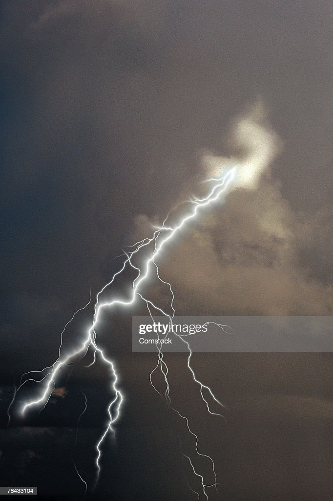 Lightning bolt from storm clouds : Stockfoto