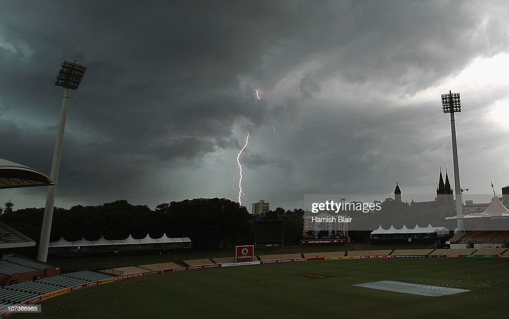 Second Test - Australia v England: Day Five : News Photo