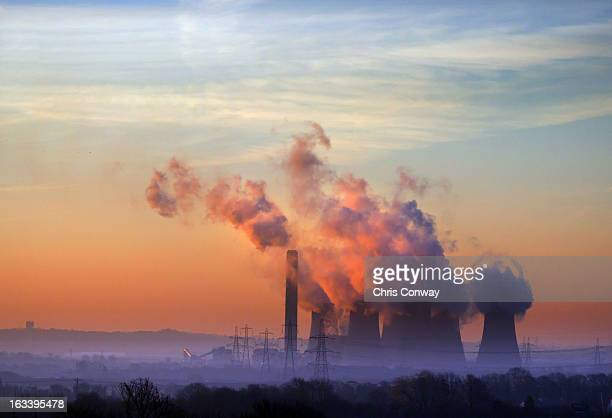 light/power - nuclear power station stock pictures, royalty-free photos & images