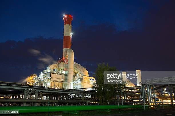Lights illuminate the hydrogen production facility at the BashneftUfaneftekhim oil refinery operated by Bashneft PAO in Ufa Russia on Tuesday Sept 27...