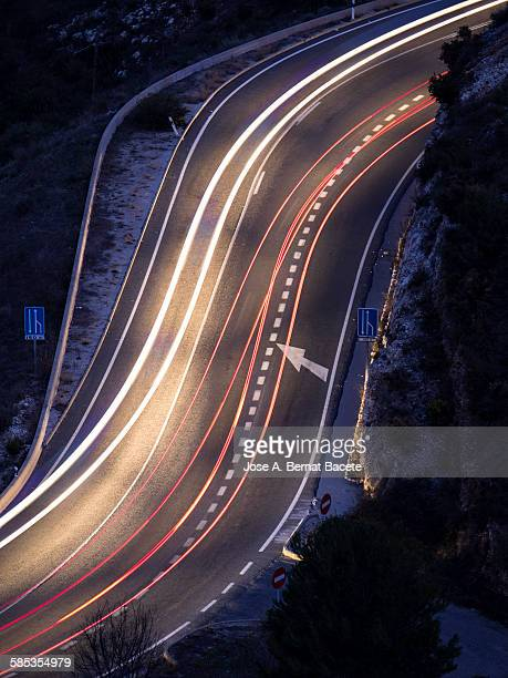Lights of cars in movement in a closed curve