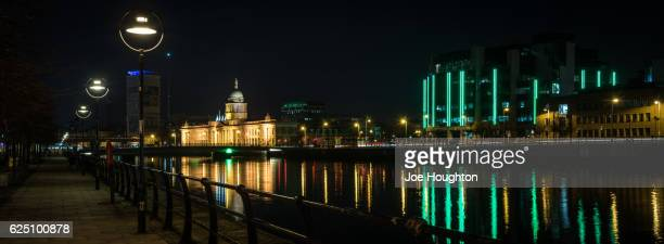 Lights to the Customs House, Dublin