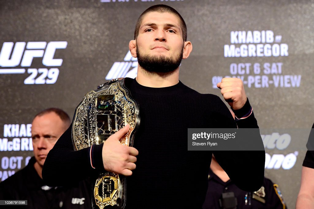 UFC 229: Khabib v McGregor Press Conference : Nieuwsfoto's