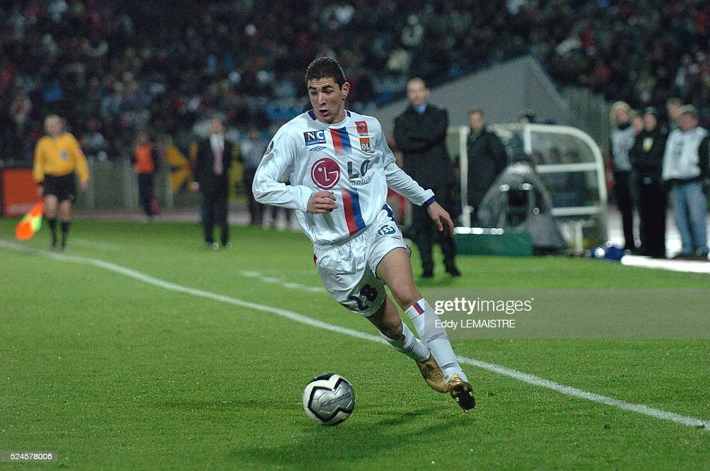 Soccer 2005 - Ligue 1: Lille vs. Lyon : News Photo