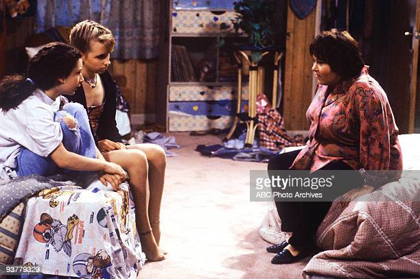 ROSEANNE 'Like a Virgin' Season Three 10/2/90 Roseanne decided to give Becky 'the talk' when they notice that she is getting a lot of attention from...