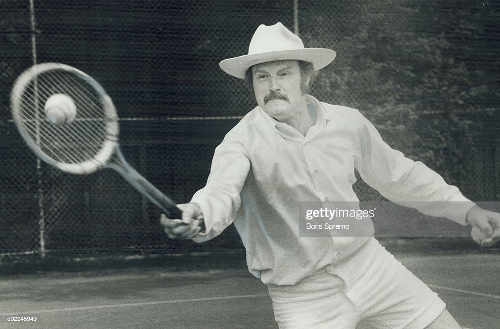 Like being on a treadmill is how comedian Dave Broadfoot describes his career--despite publication of a new book, a record album and another successful run at Old Angelo's. Offstage, in his trademark white stetson, he relaxes by cavorting on the tennis court.