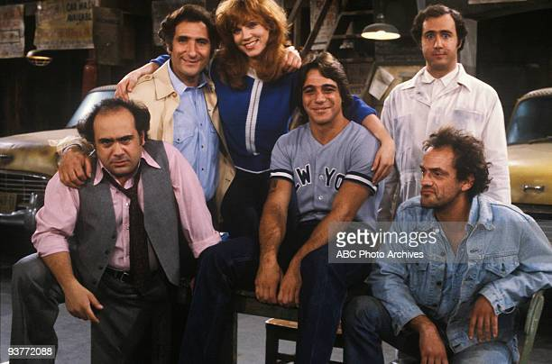 TAXI Like Father Like Son airdate 11/12/81 Danny DeVito Judd Hirsch Marilu Henner Tony Danza Andy Kaufman Christopher Lloyd