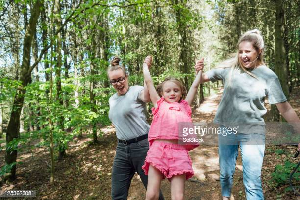 i like this game - father stock pictures, royalty-free photos & images