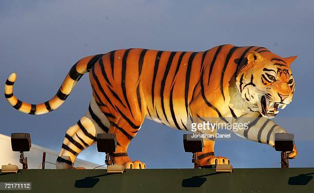 A likeness of a tiger is seen on the top of the scoreboard during Game Four of the American League Championship Series between the Detroit Tigers and...