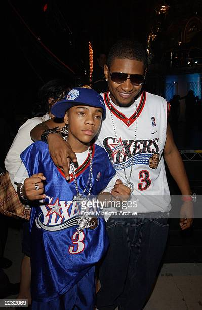 Lil' Bow Wow and Usher backstage at the 15th Annual Nickelodeon Kid's Choice Awards at The Barker Hanger in Santa Monica Ca 4/20/02 Photo by Frank...