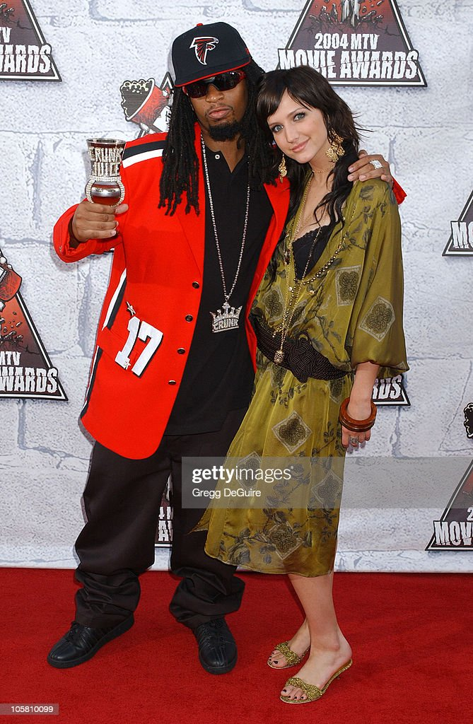 Lil Jon and Ashlee Simpson during MTV Movie Awards 2004 - Arrivals at Sony Pictures Studios in Culver City, California, United States.