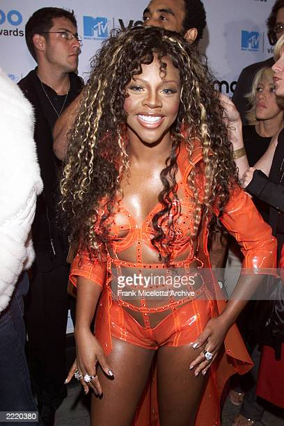 'Lil Kim Deanzign for Chyna Doll Enterprises arriving at the 2000 MTV Video Music Awards live from Radio City Music Hall in New York City 9/7/2000...