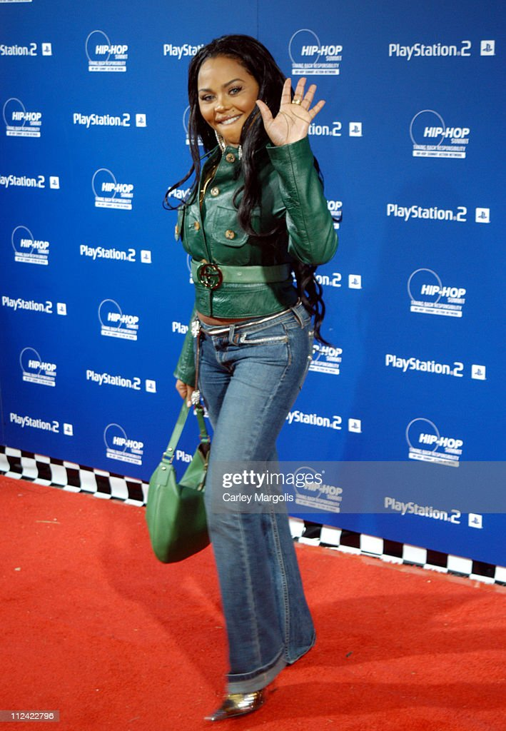 Lil' Kim during Sony Playstation 2 Teams with Russel Simmons and the Hip-Hop Summit Action Network to 'Race to the Polls' - Arrivals at Hammerstein Ballroom in New York City, New York, United States.