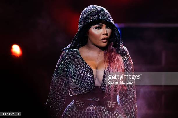 Lil Kim performs onstage at the BET Hip Hop Awards 2019 at Cobb Energy Center on October 5, 2019 in Atlanta, Georgia.