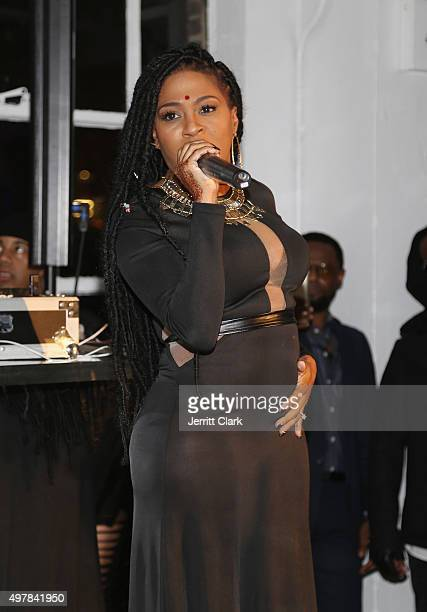 Lil Mo performs at Fabolous' 90's Platinum Party Birthday on November 18 2015 in New York City