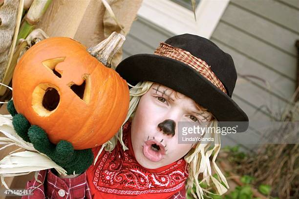 lil' scarecrow - scarecrow faces stock photos and pictures