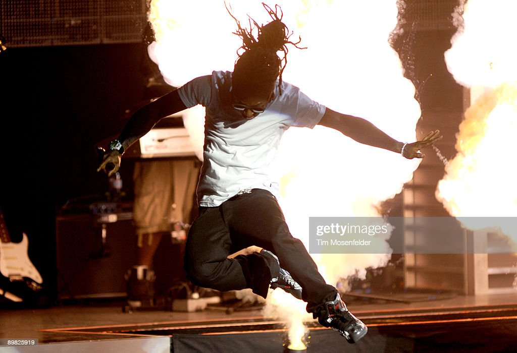 Lil Wayne and Young Jeezy In Concert - Concord, CA : News Photo