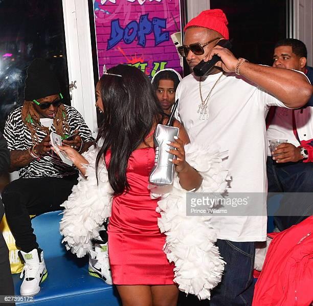 Lil Wayne Gives Reginae Carter $20000 at Reginae Carters Birthday Party at Suite Lounge on December 2 2016 in Atlanta Georgia