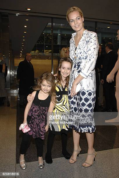 Lila Dupont Eva Dupont and Lauren Dupont attend Opening of RICHARD DUPONT's TERMINAL STAGE at Lever House on March 13 2008 in New York City