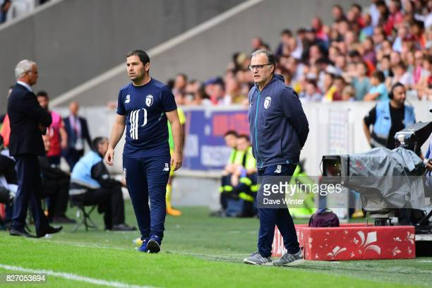 Lille coach Marcelo Bielsa and Lille assistant coach Pablo Quiroga during the Ligue 1 match between Lille OSC and Nantes at Stade Pierre Mauroy on...