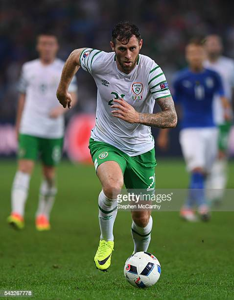 Lille France 22 June 2016 Daryl Murphy of Republic of Ireland during the UEFA Euro 2016 Group E match between Italy and Republic of Ireland at Stade...