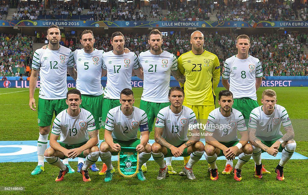Italy v Republic of Ireland - UEFA Euro 2016 Group E : News Photo
