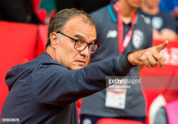 Lille's Argentinian head coach Marcelo Bielsa gestures during the French Ligue 1 football match between Lille and Nantes on August 6 2017 at Pierre...