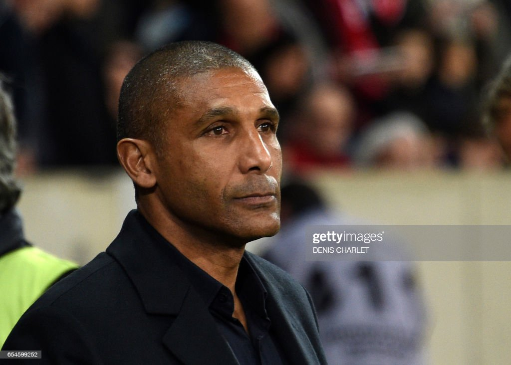 Lille's French head coach Franck Passi looks on during the French L1 football match between Lille OSC (LOSC) and Marseille on March 17, 2017 at the Pierre-Mauroy Stadium in Villeneuve d'Ascq, near Lille, northern France. /