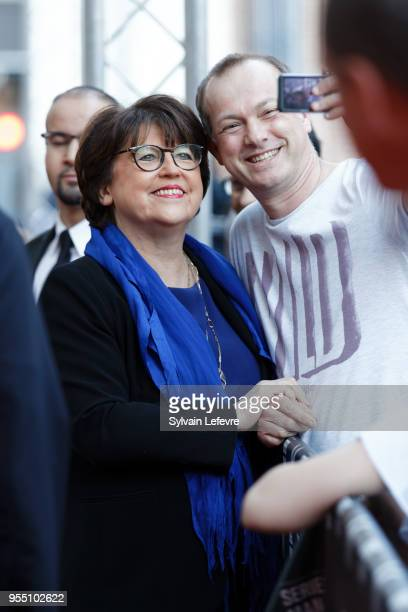 Lille's mayor Martine Aubry poses with fans as she attends closing ceremony of Series Mania Lille Hauts de France festival on May 5 2018 in Lille...