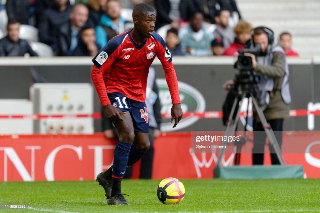 Lille OSC v Girondins Bordeaux - Ligue 1 : ニュース写真
