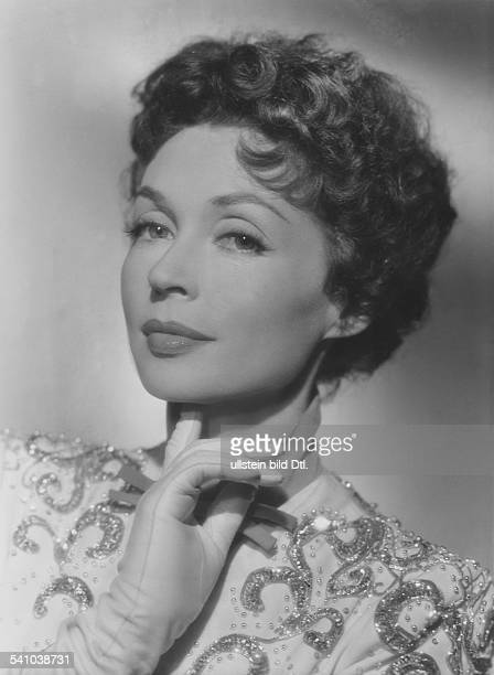 Lilli Palmer, *-+, Actress, Germany - in the film 'Fireworks', director: Kurt Hoffman - Germany, 1954