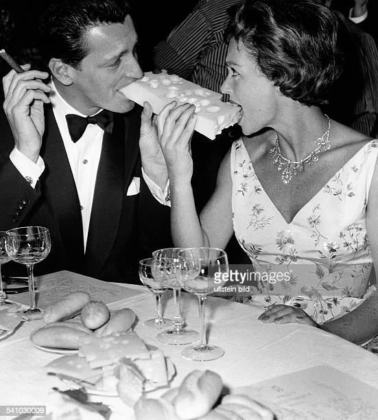 Lilli Palmer * Actress Germany with her husband Carlos Thompson 1971 Photographer Jochen Blume