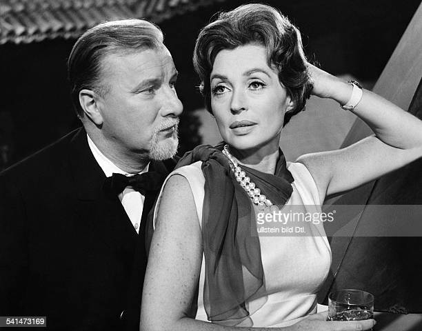 "Lilli Palmer, *-, Actress, Germany - with Martin Held in the film ""The End of Mrs. Cheney"", director: Franz Josef Wild - Germany, 1961"