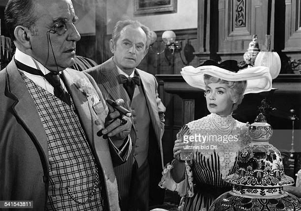 "Lilli Palmer, *-+, Actress, Germany - with O.E. Hasse and E.F. Fuerbringer in the film ""Frau Warrens Gewerbe"", director: Akos Rathonyi - Germany, 1959"