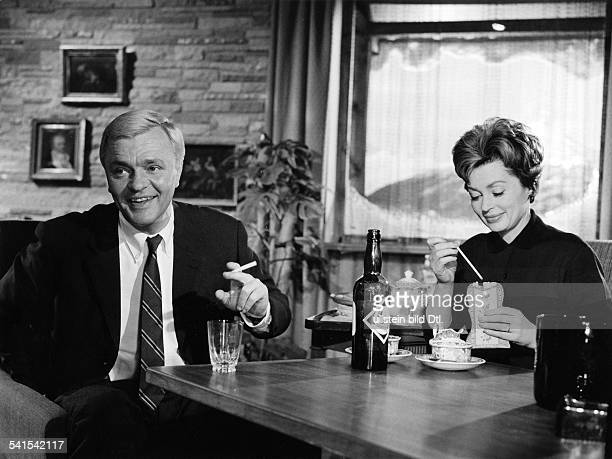 Lilli Palmer * Actress Germany with Peter van Eyck in the film Finden Sie dass Constanze sich richtig verhaelt director Tom Pevsner Germany 1962