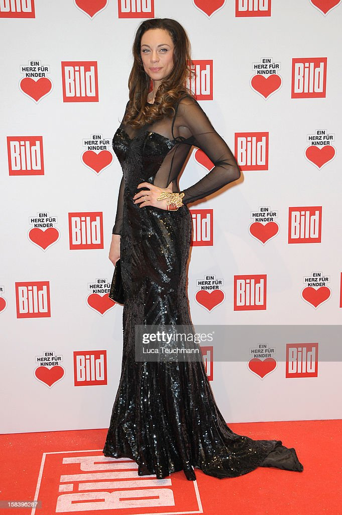 Ein Herz Fuer Kinder Gala 2012 - Red Carpet Arrivals